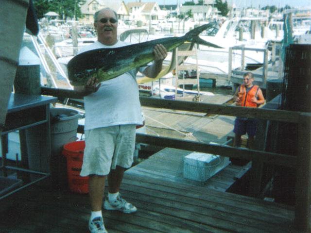 Philadelphia fish guys for Little fish philadelphia